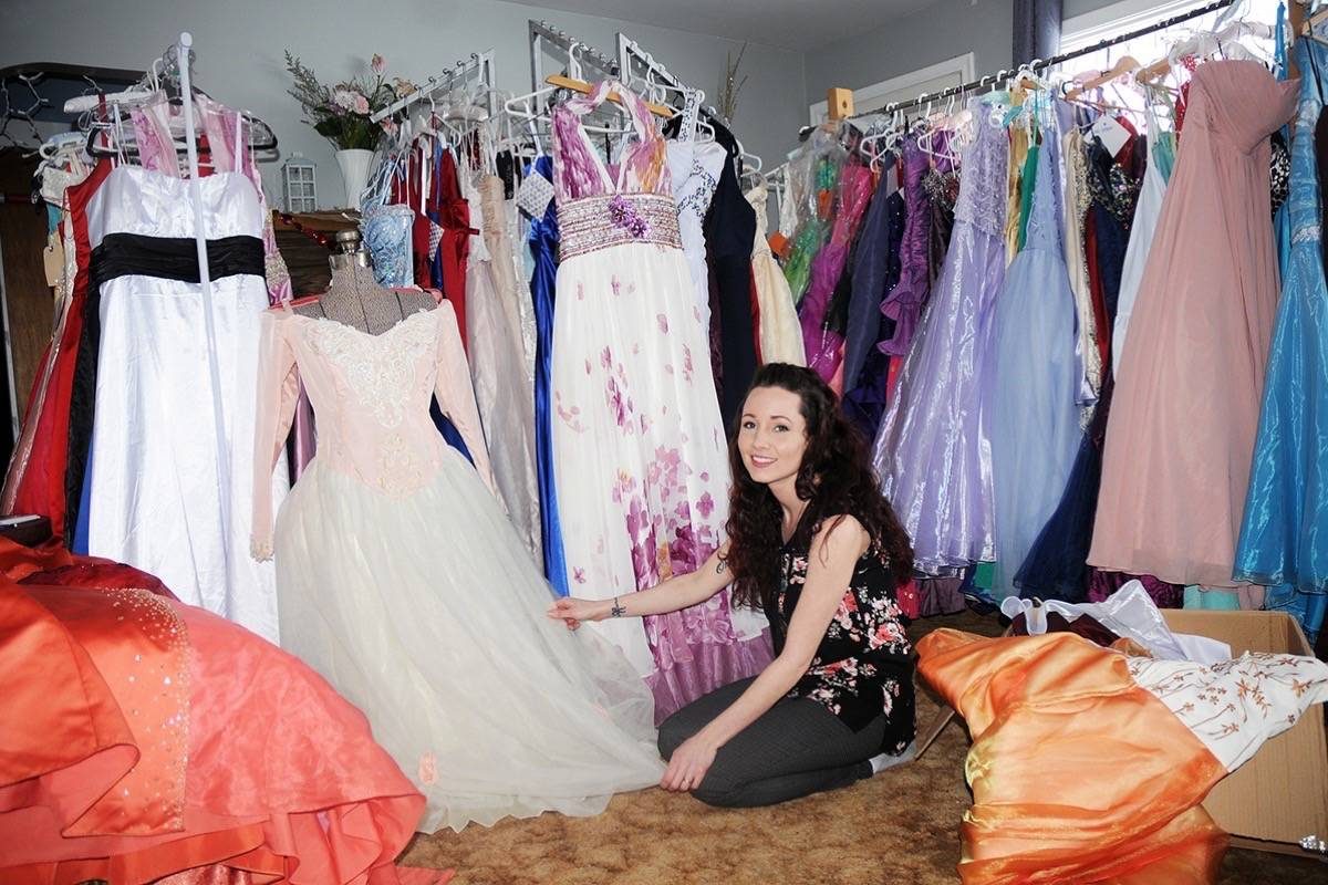Cinderella S Closet Trail Edition Moves To Mall For Two