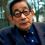 """Nhà văn Kenzaburo Oe: Tái sinh cùng """"Một nỗi đau riêng"""""""