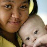 Tranh cãi vụ bố mẹ 'bỏ rơi con' bị bệnh Down