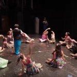 Điệu múa của các bé có hội chứng down