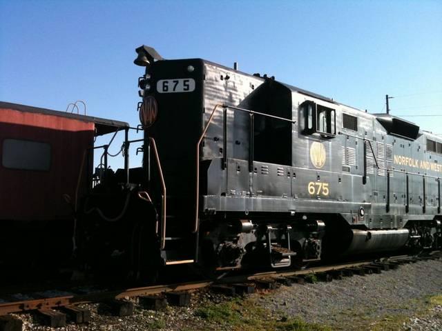N&W (BGRM) #675, an EMD GP-9
