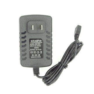 Mini USB DC to DC Converter 12vdc to 5vdc – TrainTraxx