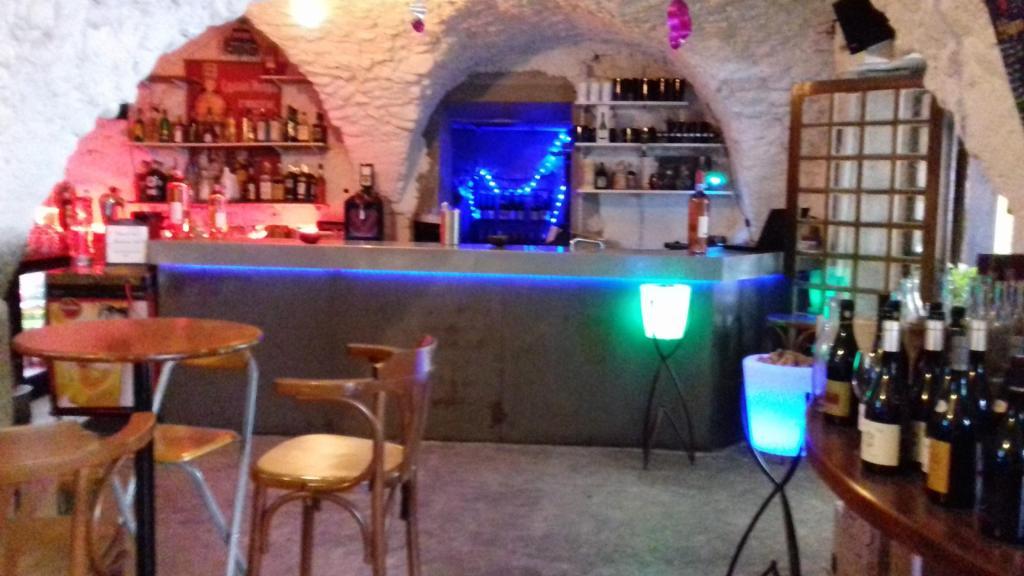 Le caveau Châtillon-en-Diois (26) - Bar à vins