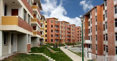 Establecen aporte de la banca para desarrollo de viviendas