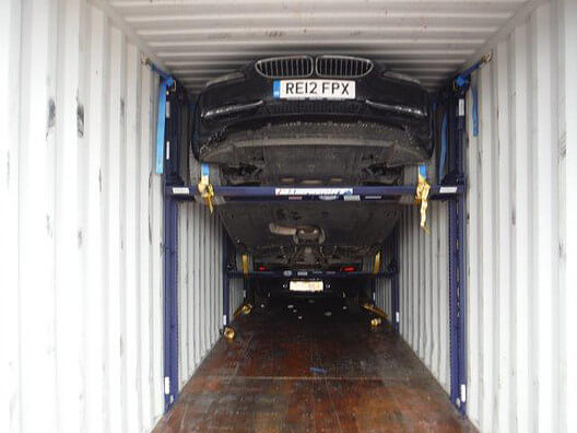Successful unloading of wide BMW vehicles in China