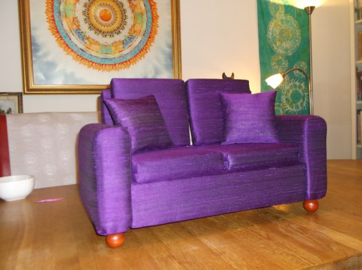 Super Dollfie (R) settee - made to order