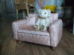 granny sofa, doll sized, teddy not included
