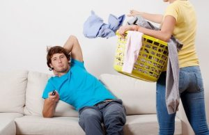 lazy-husband-620x400