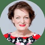 Paula de Bruin, aroma-expert en egeinaar van transformerendearomatherapie.nl