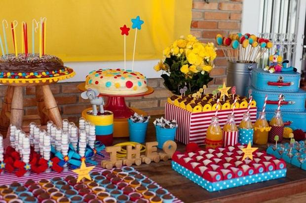 ideia-de-mesas-de-doces-para-festa-infantil-transforme-sua-casa-18