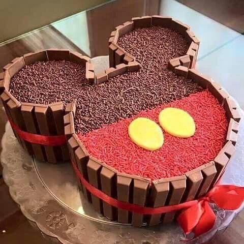 Festa do Mickey: bolo e docinhos