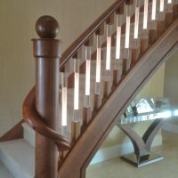 Wooden Handrail and Staircase Lighting