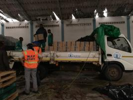 18 March 2019 Teams worked late last night to get everything ready to send HEB, water bottles by helicopter this morning from Beira to Bozi. WFP/Deborah Nguyen