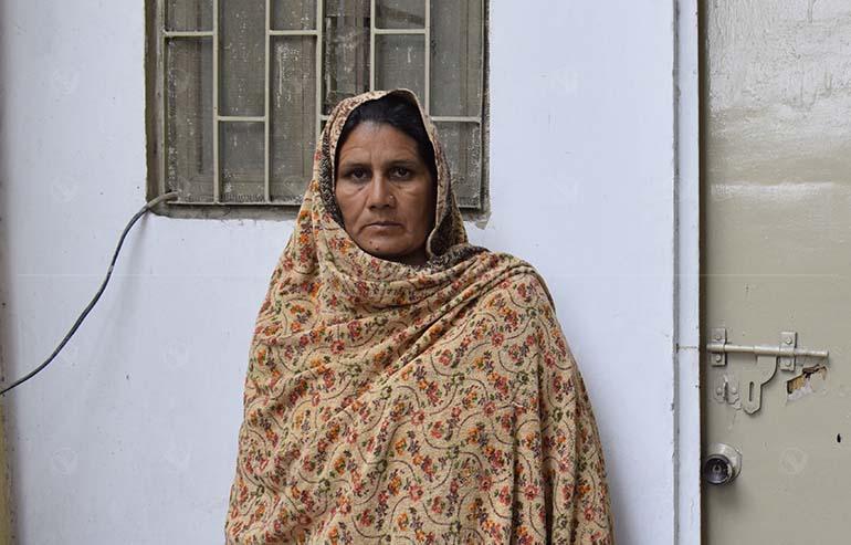 Donate to Maqsoodan Bibi for Her Thyroid Surgery