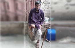 Donate to Munir Ahmad for His Leg Rehabilitation