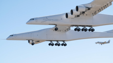 SCALED 351 STRATOLAUNCH-01
