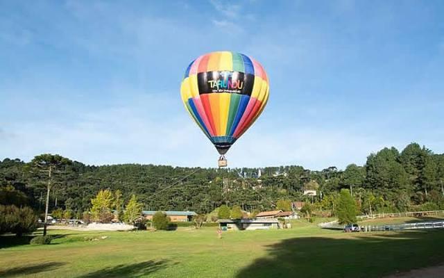 Passeio de Balão no Circuito das águas