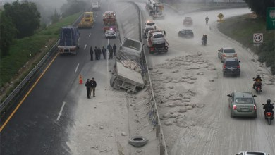 Photo of Vuelca tráiler con cemento en Circuito Exterior Mexiquense