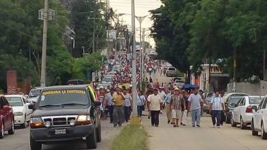 Photo of Siguen bloqueos carreteros en Oaxaca y Chiapas