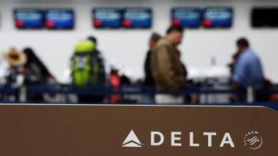 Photo of Delta anuncia nuevas cancelaciones; hoy deja en tierra a 400 aviones
