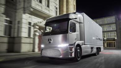 Photo of Daimler presenta el primer camión eléctrico, carga hasta 25 toneldas