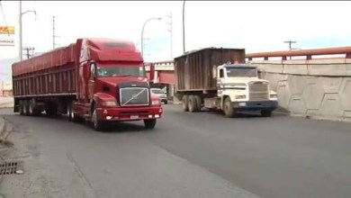 "Photo of Piden ""ordenar"" y no ""restringir"" transporte de carga en Monterrey"