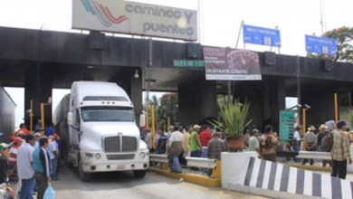 Photo of Transportistas dicen que es un abuso el incremento de cuotas de peaje