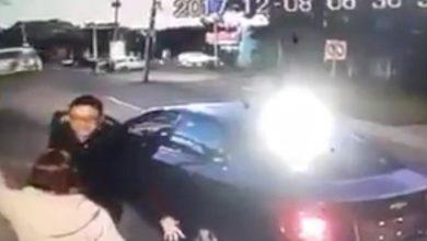 Photo of (Video) Chofer de Cabify patea a mujer vigilante en Puebla