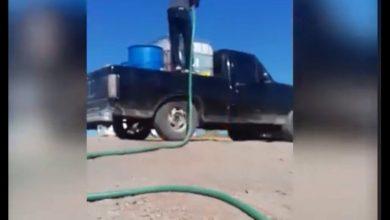 Photo of Video: Huachicoleros ordeñan mientras personal de Pemex lo permiten