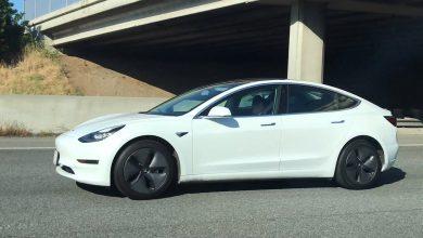 Photo of (Videos) Los cachan durmiendo mientras usan el autopilot de Tesla