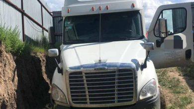 Photo of Recuperan camión con un mas de millón de pesos en compuatdoras