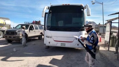 Photo of Detienen a 108 migrantes que viajaban en 2 autobuses