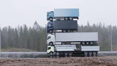 Photo of (Video) Esta es la increíble torre de camiones Volvo