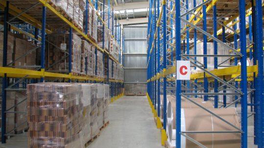 almacén de intereco para la logística