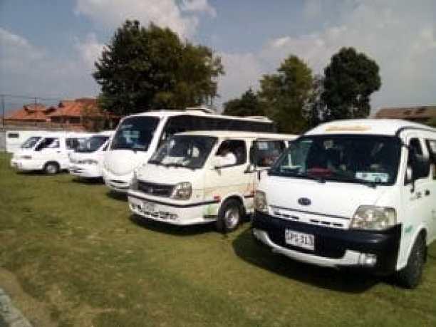 automoviles de servicio de transporte nuevos andes