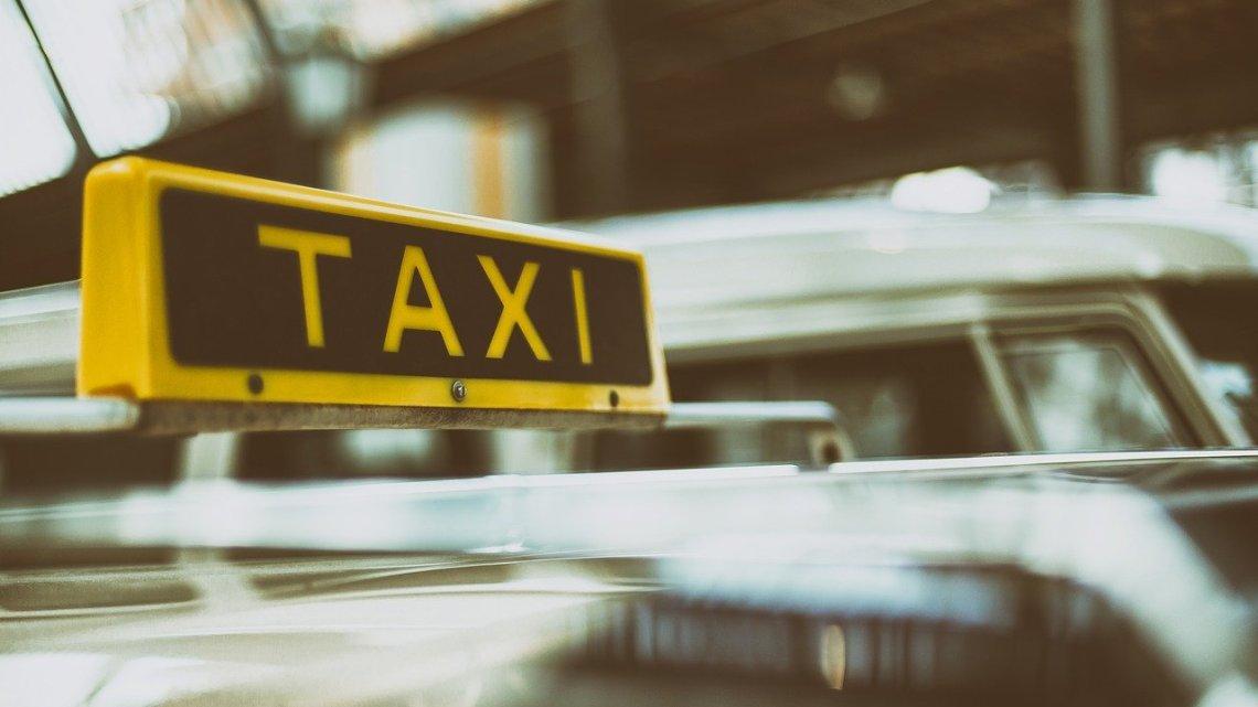 Acheter ou louer une licence de taxi: nos conseils