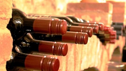 Comment déménager votre cave à vins en toute sérénité ?
