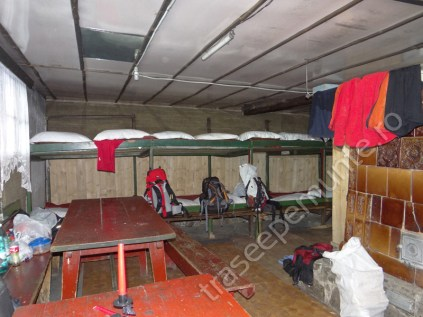 cabana-barcaciu_interior_2