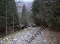 Valea Dragoslavenilor_bariera