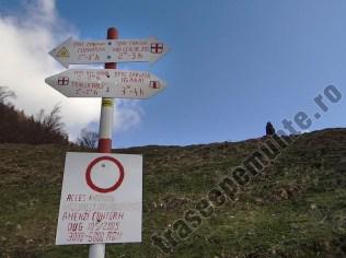 Marcaj turistic - satul Pestera