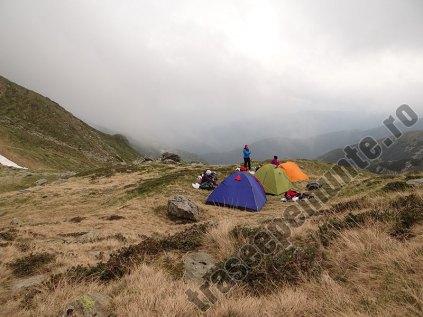 Campare pe munte