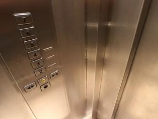 Tavernelle, chiama ascensore, la cabina non c'è, fa salto nel vuoto