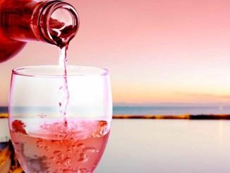 Lago Trasimeno, vino arriva il Rosé Festival nella Notte Romantica