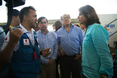 La Canciller María Ángela Holguín y el Secretario General de la OEA visitan la frontera colombo-venezolana. Foto: Presidencia de la República