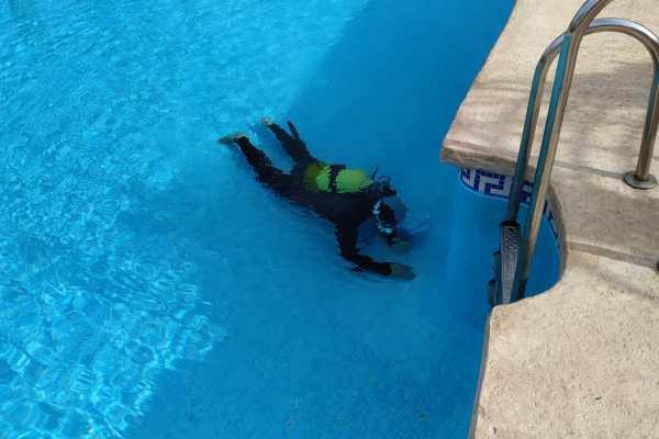 buzos reparacion piscina sin vaciado