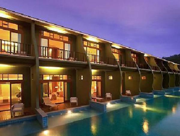 Deluxe Pool Access - Mercure Koh Chang Hideaway