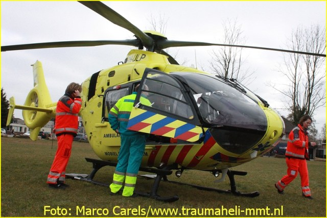 Lifeliner1 inzet Voorhout Foto: Marco Carels (7)