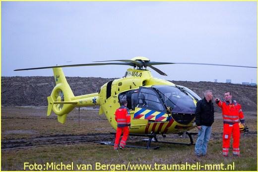 Lifeliner2 inzet Hoofddorp Foto: Michel van Bergen (7)