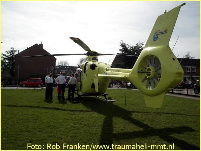 Lifeliner1 inzet Rijsenhout Foto: Rob Franken (5)