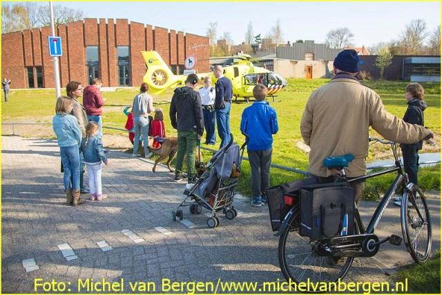 Lifeliner1 inzet Santpoort-Zuid Foto: Michel van Bergen (11)